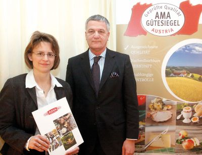 Mag. Micaela Schantl (Leiterin AMA Marktforschung) und Dr. Stephan Mikinovic (GF der AMA Marketing) bei der Roll-AMA-Presse-Präsentation.®AMA Marketing/APA-Ots/Robert Strasser